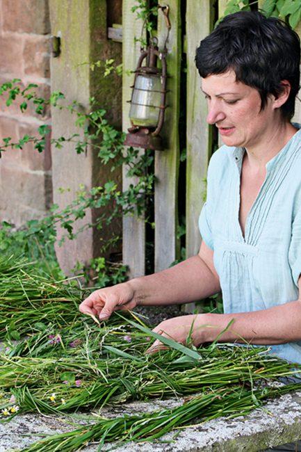 Mariage champêtre : 10 idées DIY déco avec des fleurs des champs