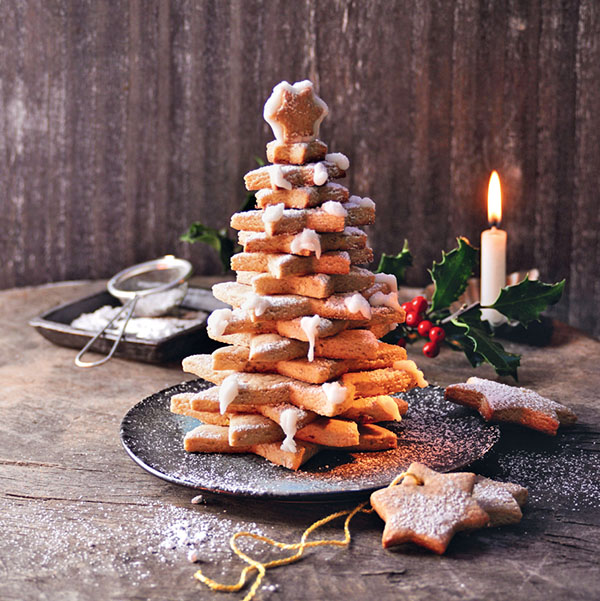 Recette de Noël : un sapin en biscuits à la cannelle