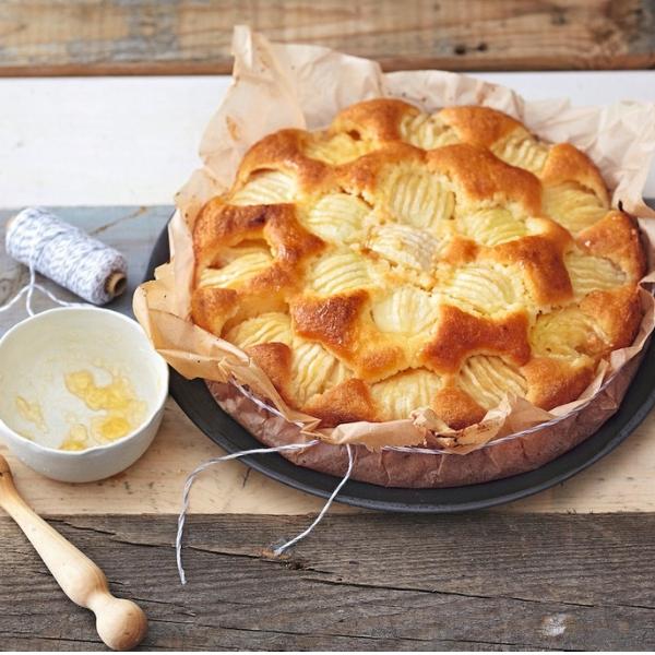 Gâteau moelleux aux pommes : un dessert parfait pour le goûter