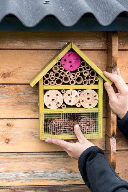 fabriquer un hôtel à insectes pour le jardin