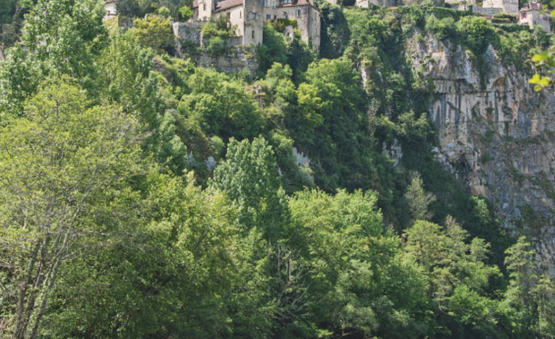 Vacances en France : découvrir le Lot en gabarot