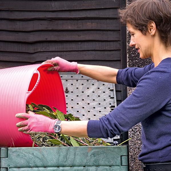 Compost : quels sont ses bienfaits et comment l'entretenir ?