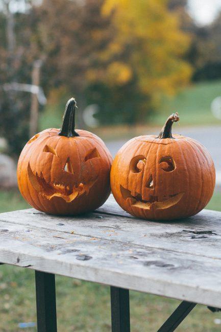 Tuto DIY pour Halloween : comment faire une citrouille lanterne